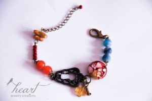 Eclectic beaded bracelet for R100.