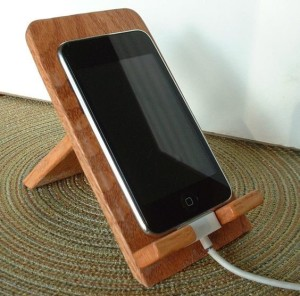 This easy to make cell phone stand